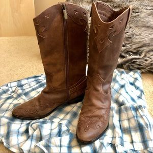 Reba brown leather Lance Western Boots NWOT